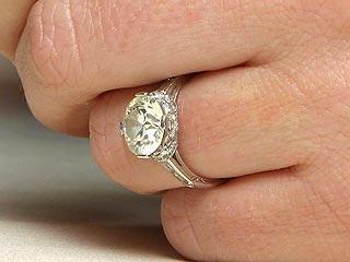 Kendra Wilkinson Engagement Ring Carats